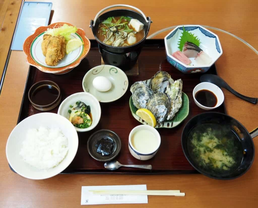 Sakoshi Gozen lunch, a traditional JApanese style meal with oysters