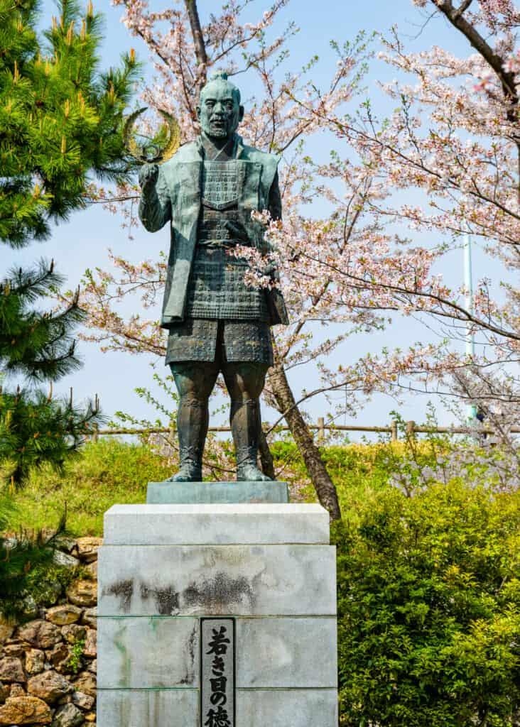 statue of tokugawa ieyasu in hamamatsu castle park