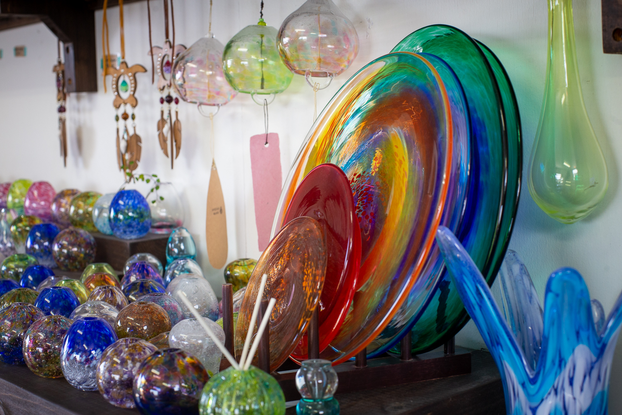 Okinawan Glass Making Experience in Ryukyu Glass Workshop Shizuku