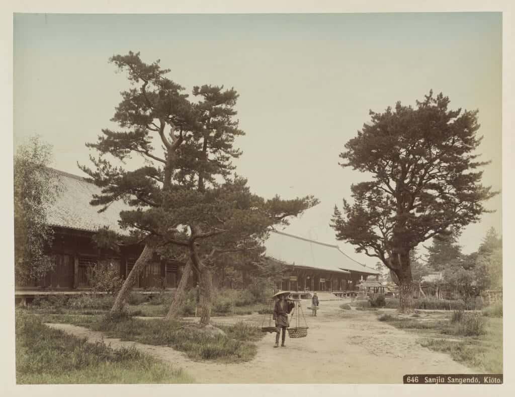 Old photo of Sanjusangendo in Kyoto