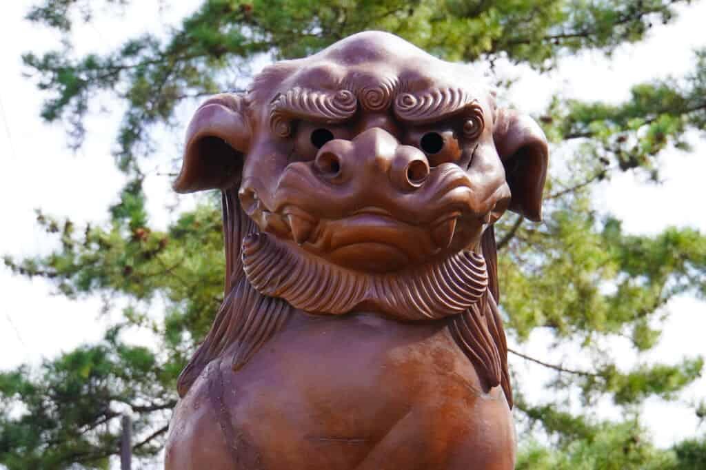 komainu face in Japan