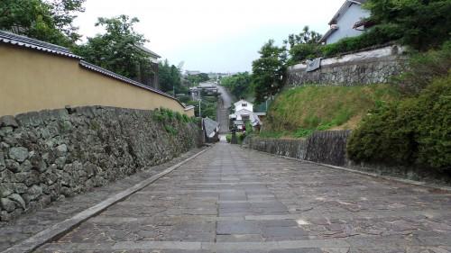 La « Shioya no Saka » ou « pente du fabricant de sel » à Kitsuki sur l'île de Kyushu