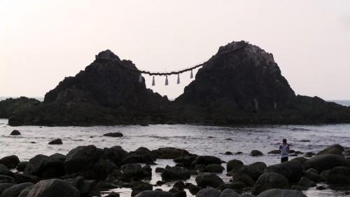 Sakurai Futamigaura Rock Couple dans la péninsule d'Itoshima