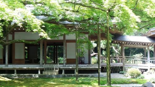 Temple « Raizan Sennyoji Daihioin » dans la péninsule d'Itoshima