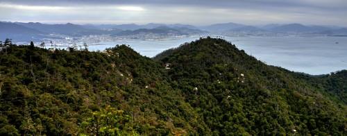 Sommet du mont Mizen, île de Miyajima, Japon.