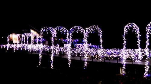 Illuminations d'hiver de l'île d'Enoshima près de Tokyo, Japon