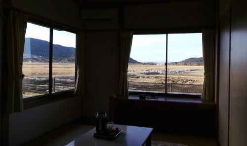 Vue de la chambre du ryokan Shin Tsurumi Tei, idéal pour observer les grues, Izumi, Kyushu, Japon.