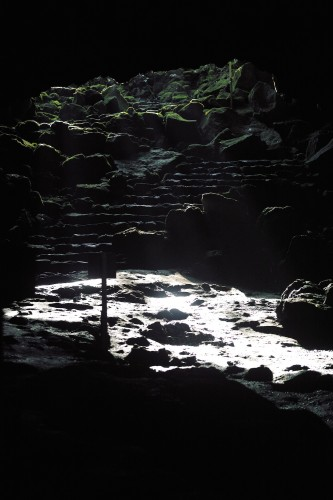La grotte de Komakado Kazaana constituée de lave du Fuji, préfecture de Shizuoka, Japon.