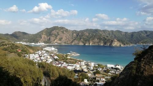 Vue sur Omura village sur l'archipel d'Ogasawara au Japon