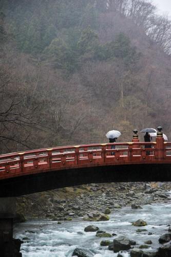 le pont Shin-kyo pres du sanctuaire Toshogu à Nikko