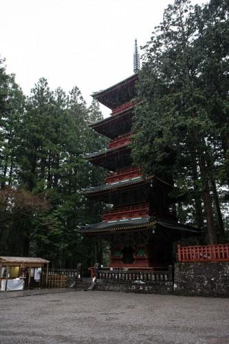 La pagode aux cinq étages au sanctuaire Toshogu à Nikko
