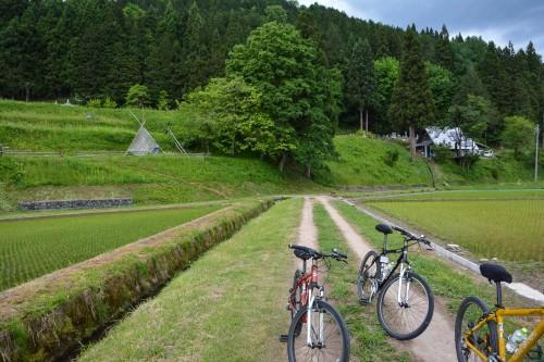 Faire du vélo à Hida Furukawa, Gifu