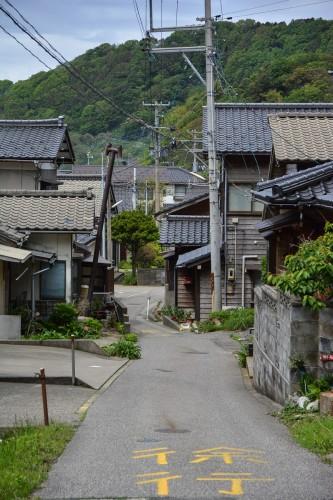 les vieilles petites rues de la ville de Neya au bord de la Mer du Japon dans la préfecture de Niigata