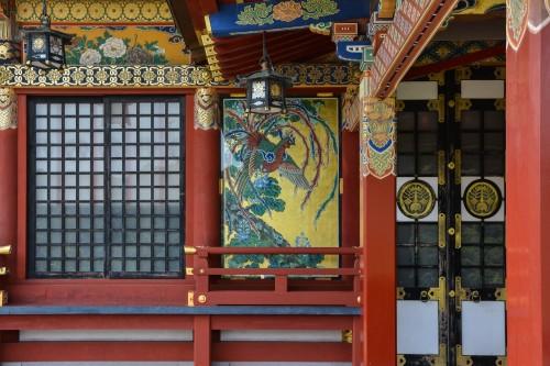 Le sanctuaire Yūtoku Inari dans la ville de Kashima, préfecture de Saga avec son bâtiment principal en hauteur