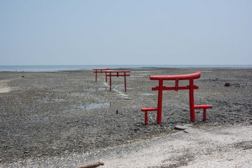 Le mystérieux Torii, Kaichu Torii dans la mer à Tara dans la préfecture de Saga