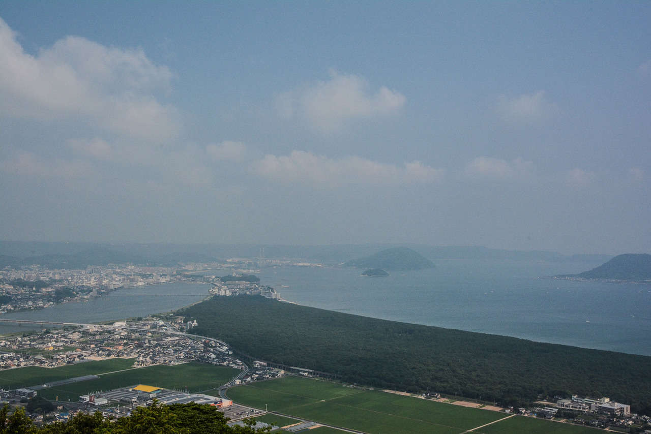 Karatsu : découverte du littoral Niji no Matsubara et du sanctuaire Kagamiyama