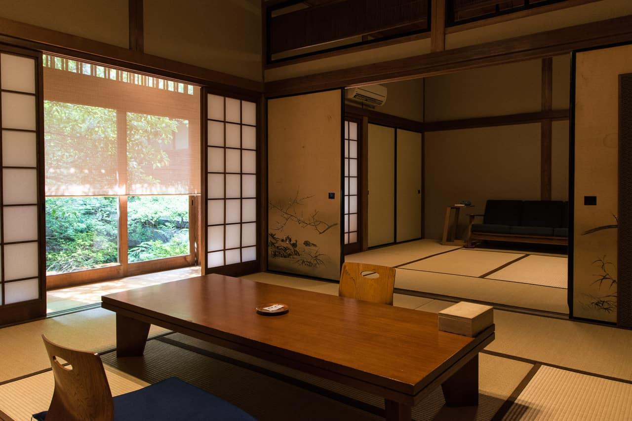 Dormir dans un ryokan de luxe à Takeo Onsen, Saga