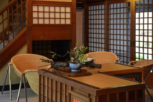 Le ryokan Mifuneyama Kanko Hotel à Takeo Onsen dans la prefecture de Saga avec de beaux espaces communs