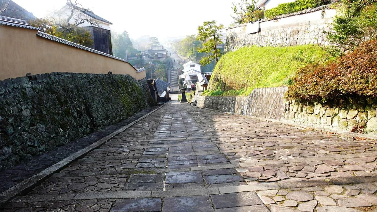 Déambuler dans Kitsuki, ancienne cité de samouraïs à Oita
