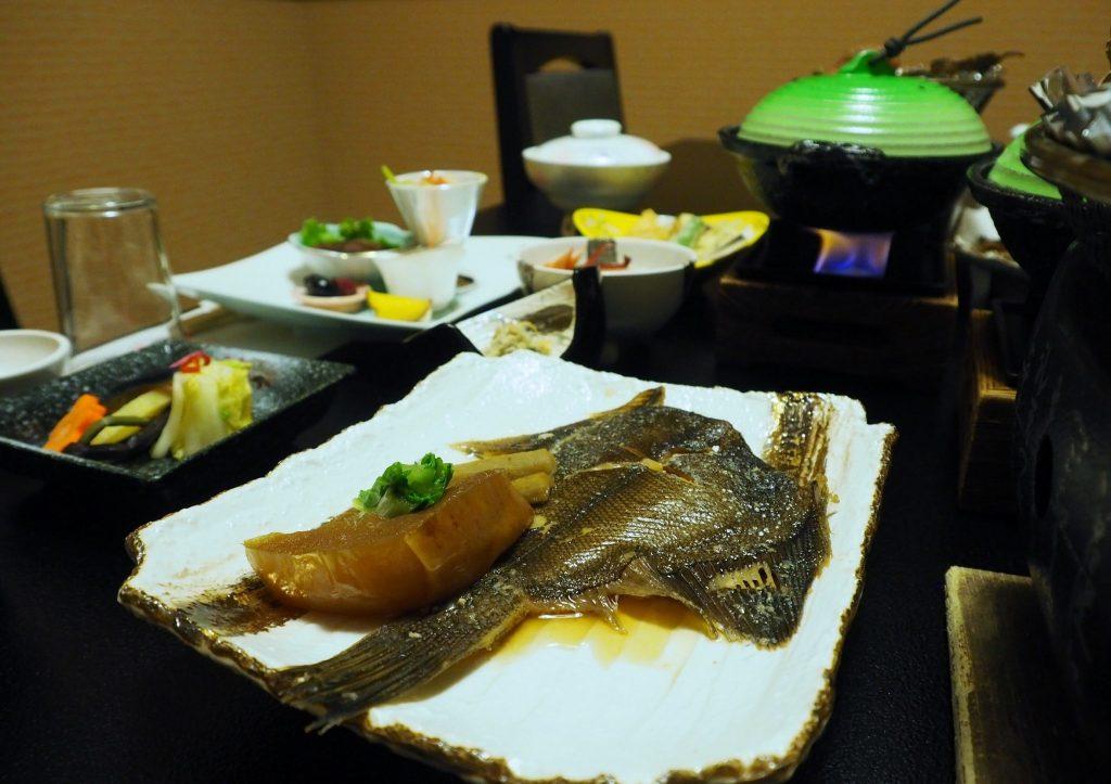 poisson cuisiné dans un ryokan de la préfecture de Yuzawa
