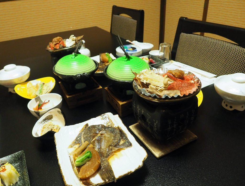 diner kaiseki dans un ryokan japonais