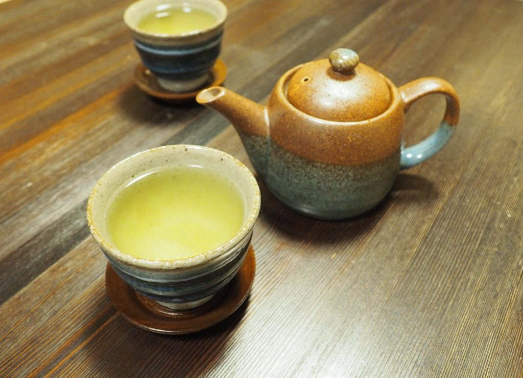 service à thé d'un ryokan japonais