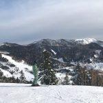 Les joies de la poudreuse dans la station de ski de Manza