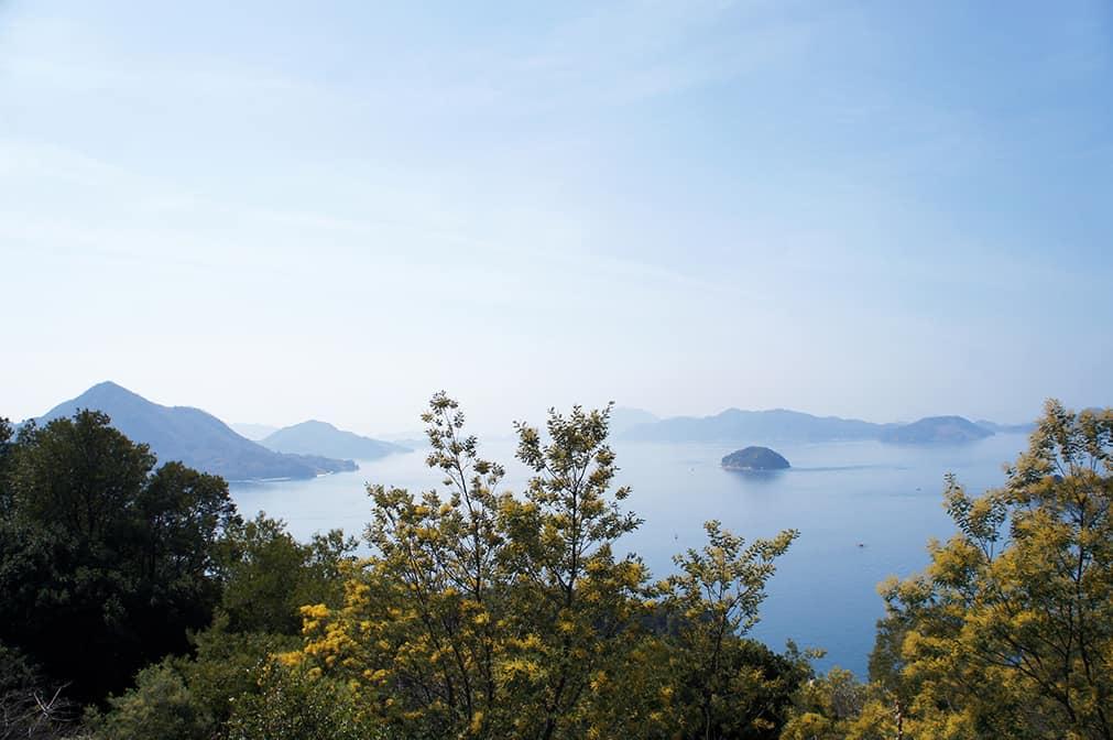 Vue sur la Mer de Seto depuis le sommet d'Okunoshima