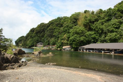 La crique de Yajima Taiken sur l'île de Sado, dans la Préfecture de Niigata, Japon