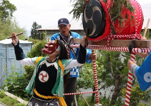 Danse du démon mâle au festival de Ondeko sur l'île de Sado, Préfecture de Niigata, Japon
