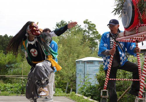 Démon mâle au festival de Ondeko sur l'île de Sado, Préfecture de Niigata, Japon