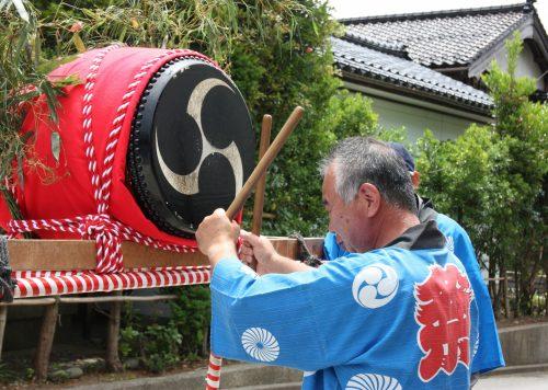 Percussioniste au festival de Ondeko sur l'île de Sado, Préfecture de Niigata, Japon