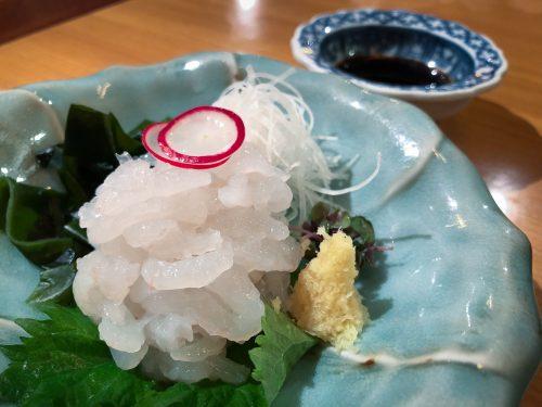 Sashimi de crevettes blanches, spécialité de Toyama dans la région d'Hokuriku, Japon
