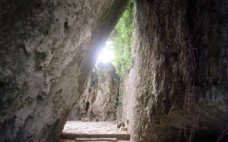 Les célèbres rochers du Seifa Utaki à Okinawa