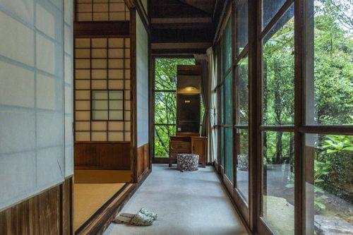 Le bâtiment traditionnel du restaurant Agemiya à Nakatsugawa, préfecture de Gifu, Japon