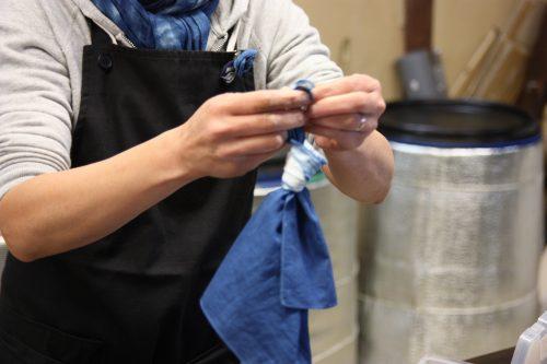 Atelier de teinture à l'indigo dans le quartier historique d'Udatsu, Mima, Tokushima, Shikoku, Japon