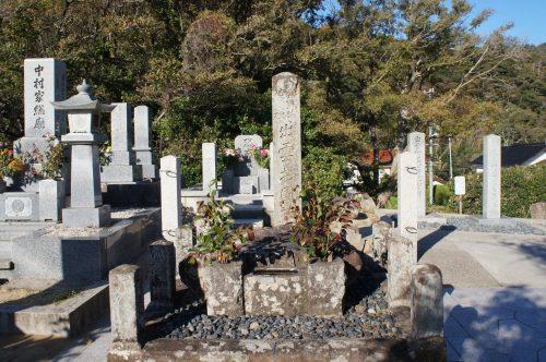 Tombe d'Izumo no Okuni près du grand sanctuaire d'Izumo, région du San'in, préfecture de Shimane, Japon