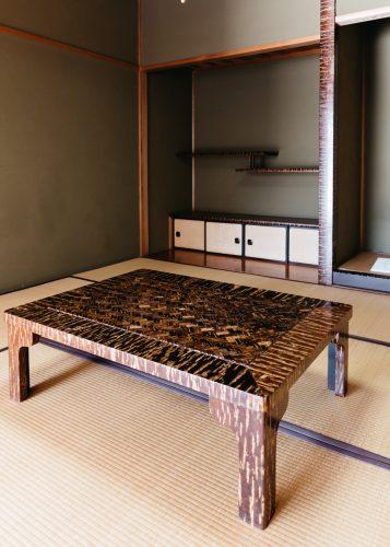 Créations en bois de cerisier exposées au centre culturel Denshokan à Kakunodate, Senboku, Akita, Japon