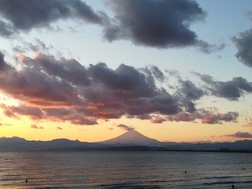 Vue sur le Mont Fuji depuis Enoshima
