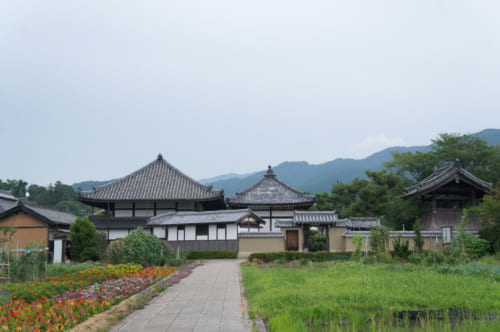 Le temple d'Asuka, établi pendant la période d'Asuka
