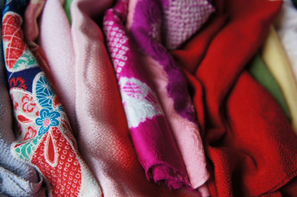 Des obi-age de couleurs et motifs divers