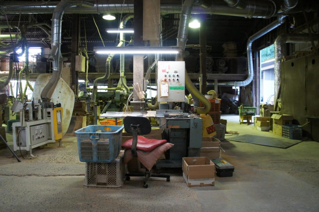 Intérieur de l'usine de baguette Yamachiku, à Tamana