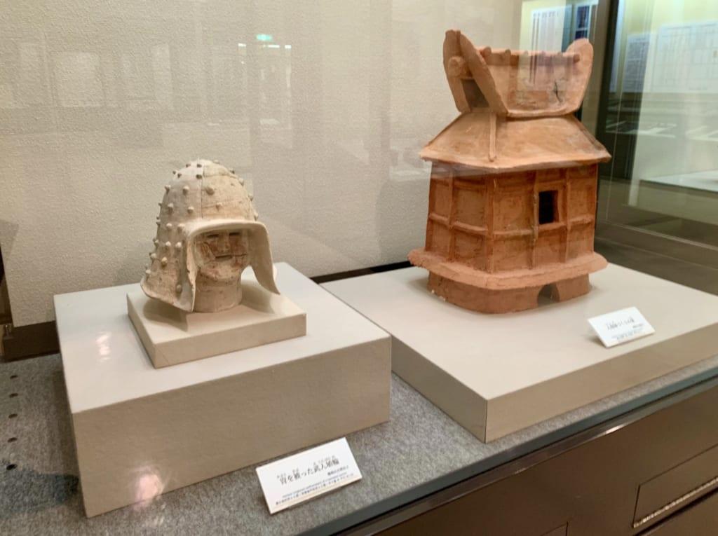 Objets funéraires retrouvés dans les kofun de Gyoda