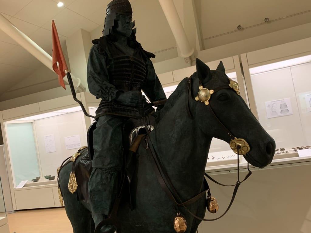 statue d'un samouraï dans le musée sur les kofun à Gyoda