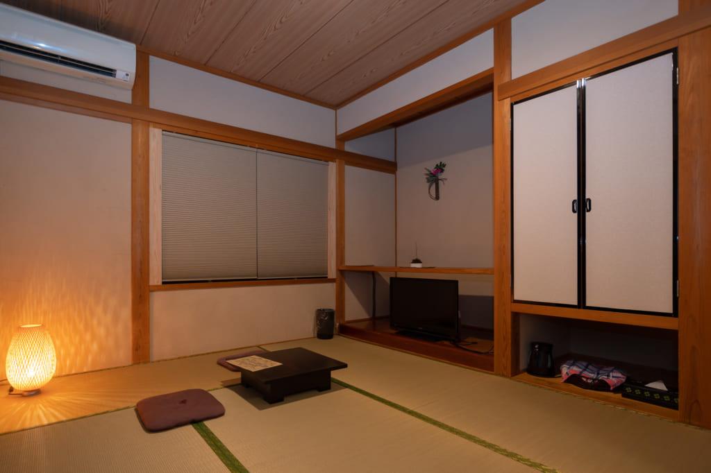 ryokan à Kumamoto : Cabinet de toilette