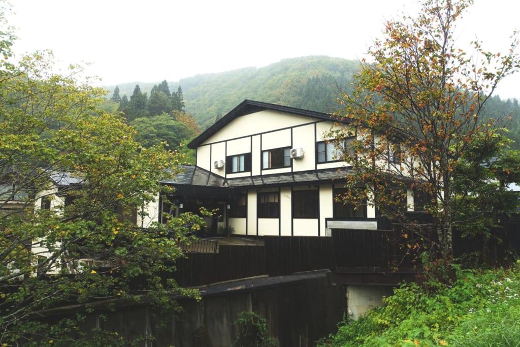 Le ryokan Yunoyado Motoyu club, dans les montagnes de la préfecture d'Akita