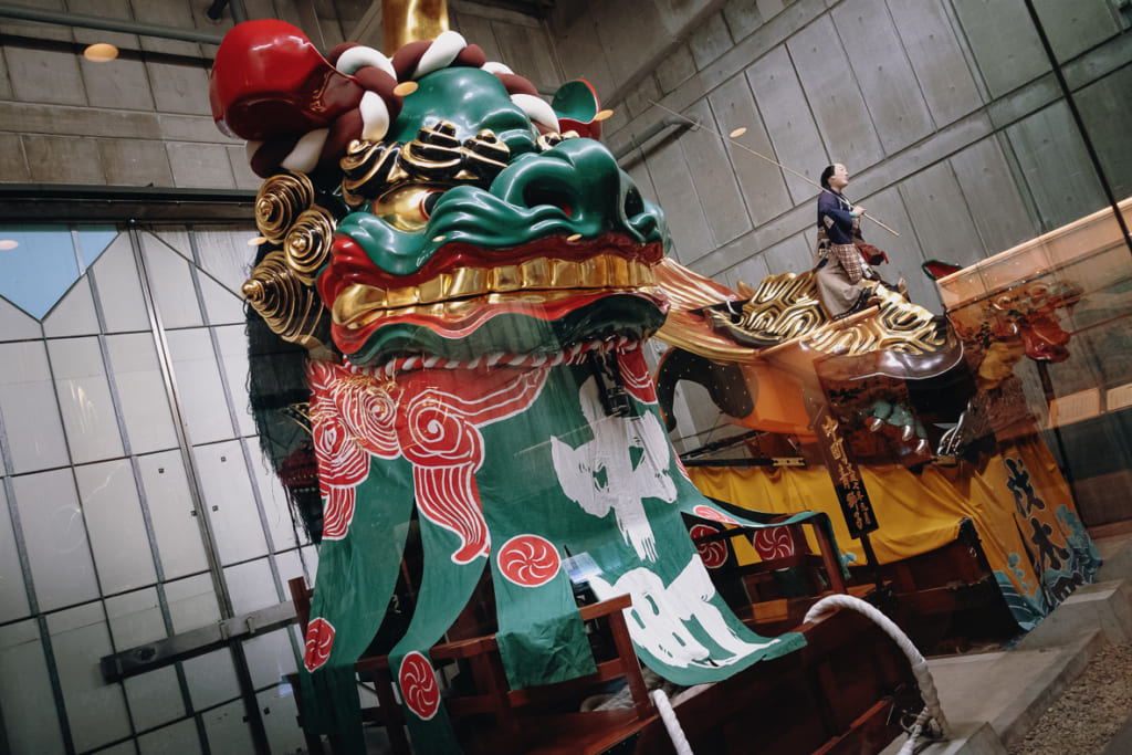 char utilisé lors du festival de karatsu