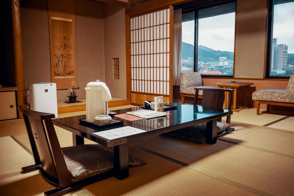 chambre traditionnelle du ryokan warakuen