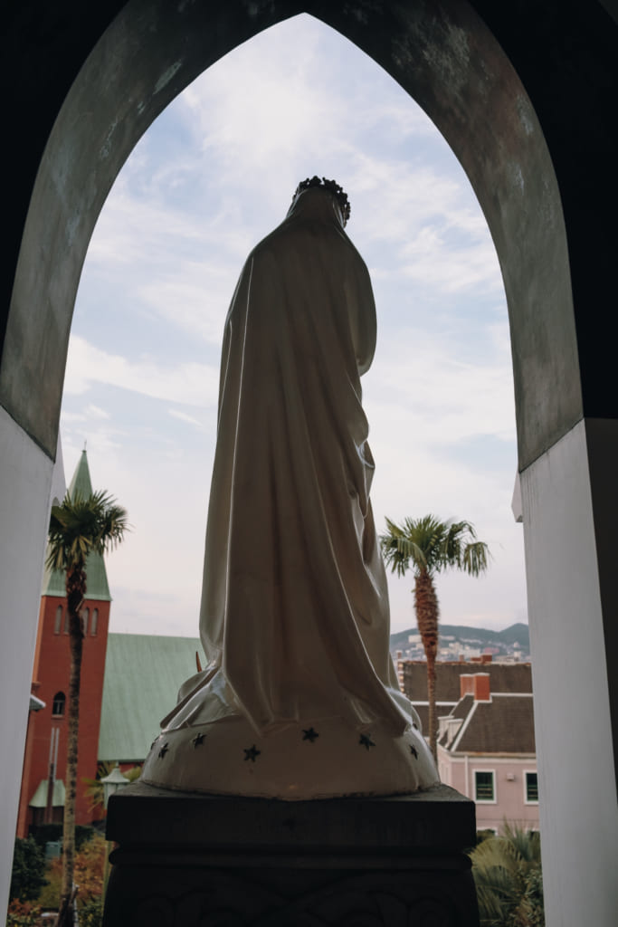 Statue de la vierge marie de l'église d'oura