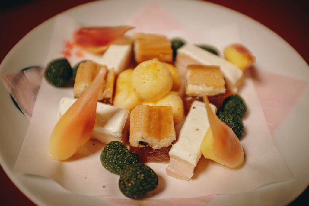 Le premier plat servit au restaurant Kagetsu